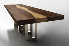 Walnut-Wood-Table